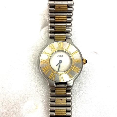こんにちは ジャンクで入荷したカルティエの腕時計 出品して間もないですが、早速ご落札いただきました なんと2万円以上に️  おうちで眠っている腕時計、もう動かないから処分しようかなぁは勿体無い️ ぜひはっぴーオークションにお任せください️  ぜひお気軽にお問い合わせください(^o^)